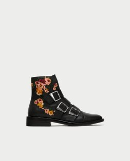 https://www.zara.com/fr/fr/bottines-plates-en-cuir-à-broderies-et-boucles-pC71522010401.html?v1=5148069&v2=269216