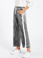 http://fr.shein.com/Tape-Side-Velvet-Wide-Pants-p-392869-cat-1740.html