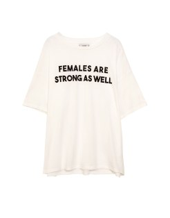 https://www.pullandbear.com/fr/femme/vêtements/t-shirts/t-shirt-inscription-femme-blanc-c29020p500383149.html#250