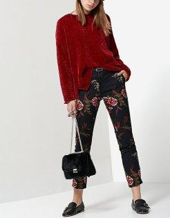 https://www.stradivarius.com/fr/femme/soldes/vêtements/pantalons/afficher-tout/pantalon-habillé-imprimé-avec-ceinture-c1020040585p300350052.html?colorId=001
