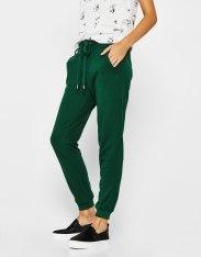 https://www.bershka.com/fr/femme/soldes/pantalons/pantalon-jogging-cordon-c1010194037p101097221.html?colorId=502