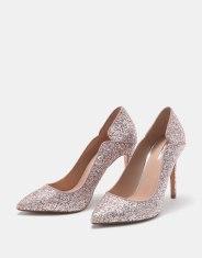 https://www.bershka.com/fr/femme/soldes/chaussures/escarpins-à-talon-aiguille-brillants-c1010194021p101096437.html?colorId=203