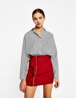 https://www.bershka.com/fr/femme/clothing-3/jupe-en-suédine-à-volants-c1010269117p101286508.html?colorId=972