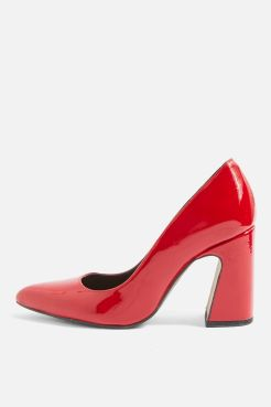 http://fr.topshop.com/fr/tsfr/produit/genesis-heel-court-shoes-7300192?bi=220&ps=20