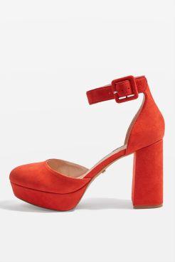 http://fr.topshop.com/fr/tsfr/produit/chaussures-plateforme-à-bouts-fermés-sadie-7231618?bi=60&ps=20