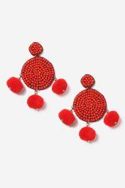 http://fr.topshop.com/fr/tsfr/produit/boucles-doreilles-avec-pompon-rouge-et-perle-7005744?bi=0&ps=20&Ntt=rouge