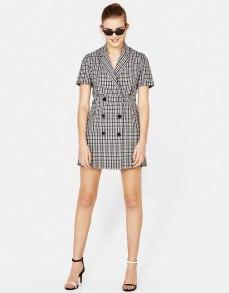 https://www.bershka.com/fr/veste-croisée-type-robe/veste-croisée-type-robe-c1010281505p101506010.html?colorId=712