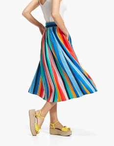 https://www.stradivarius.com/fr/jupe-cape-rayures-multicolores-c0p300680508.html?colorId=350