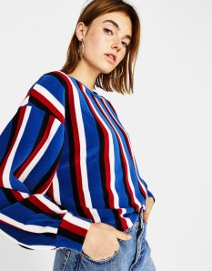 https://www.bershka.com/fr/femme/vêtements/pull-en-maille-à-rayures-verticales-c1010223501p101411510.html?colorId=404