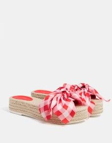 https://www.bershka.com/fr/femme/chaussures/sandales-plates/sandales-plateforme-jute-nœud-c1010193199p101387001.html?colorId=202