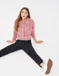 https://www.pullandbear.com/fr/pantalon-tailoring-à-pois-c0p500794009.html?search=pois&page=1#800